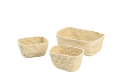 Maize leaf storage baskets